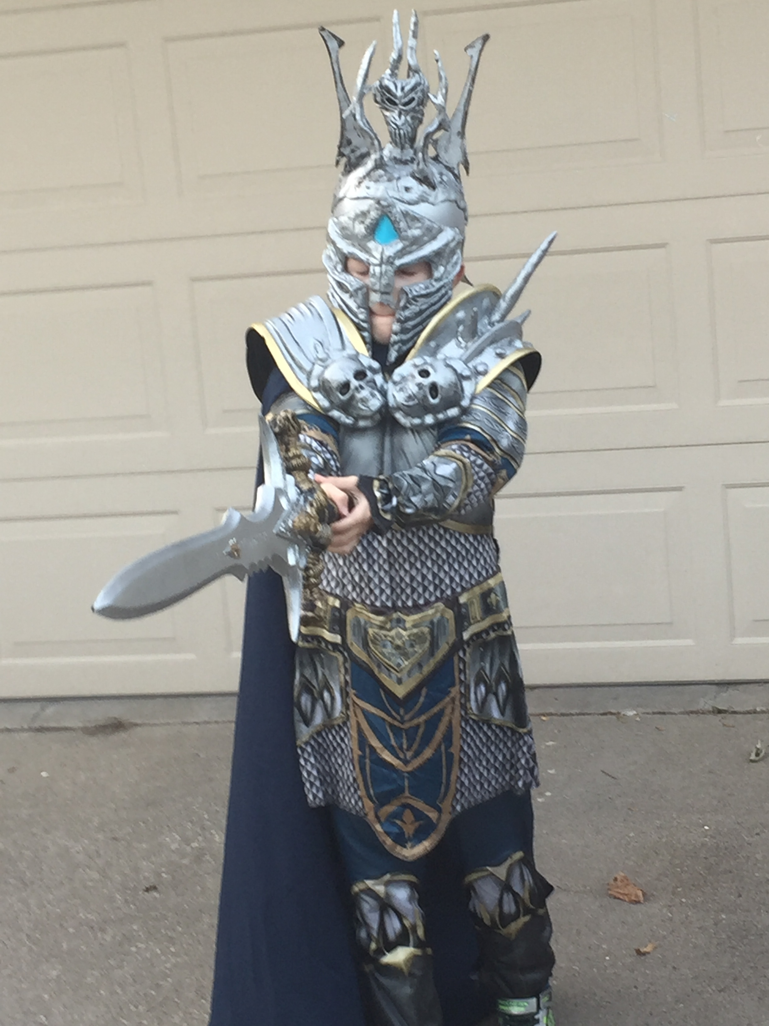 So I feel like sharing because my kid had an awesome costume. I also want my wife to appreciate that people loved it. So my son went as Arthas the Lich King ... & Halloween Costume fun - itmeJP General - itmeJP Community